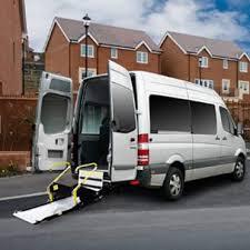 wheelchair-minibus